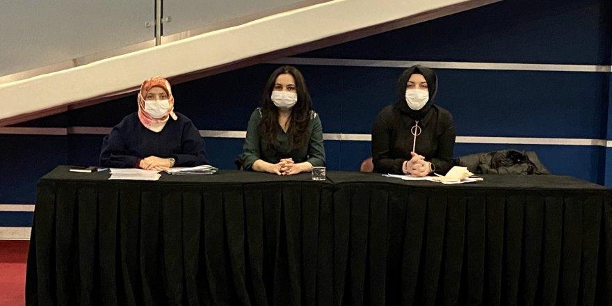 AK Parti Kadın Kolları toplandı