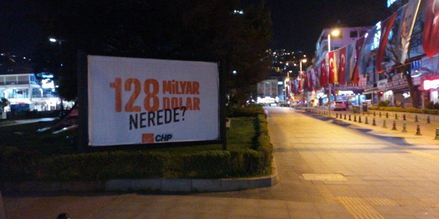 CHP Kocaeli afişlerin kaldırılmasına tepki gösterdi