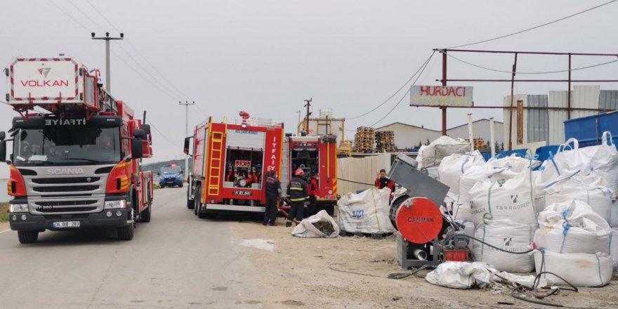 Gebze'de geri dönüşüm tesisinde yangın