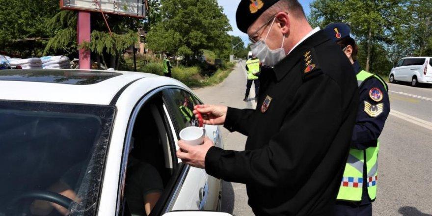 Jandarma sürücüleri bilgilendirdi