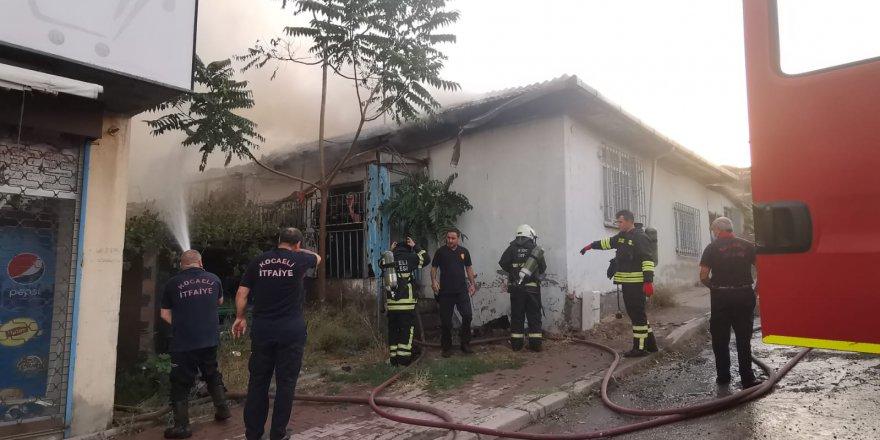 Evde çıkan yangın söndürüldü