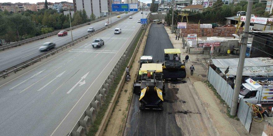 İstiklal Caddesi'nde  üstyapı çalışması yapılıyor