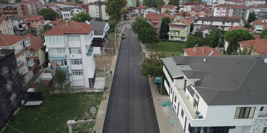 Hürriyet Caddesi asfaltlanıyor