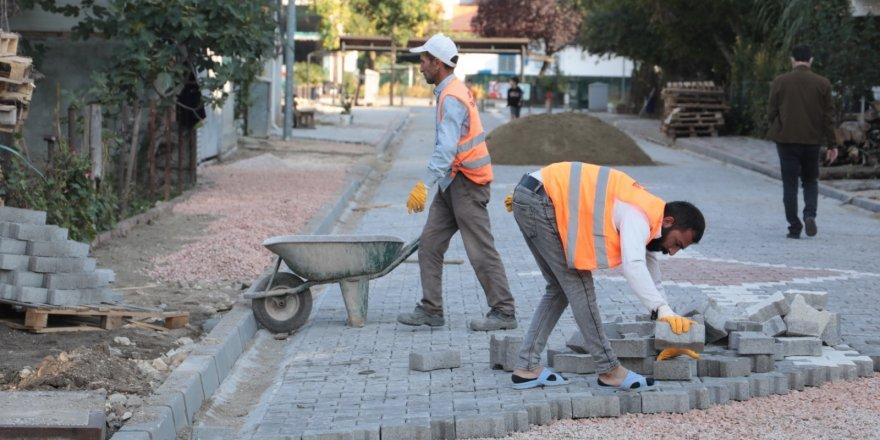 Seyfibey Sokak'ta çalışmalar sürüyor