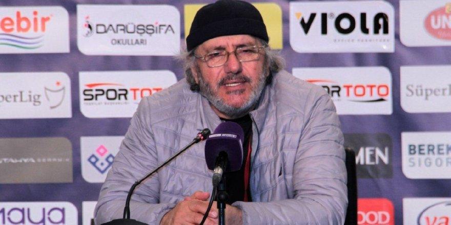 """Mustafa Reşit Akçay: """"Mücadeleyi bırakmadık"""""""
