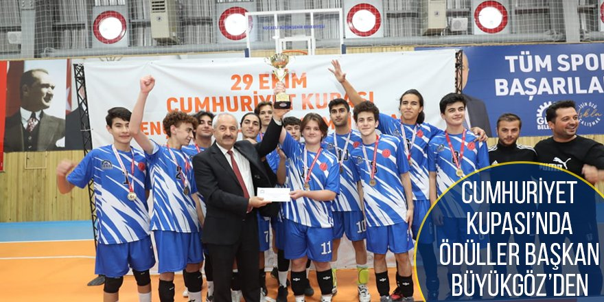 Cumhuriyet Kupası'nda Ödüller Başkan Büyükgöz'den