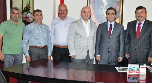 Karabacak'tan kaymakama hayırlı olsun ziyareti