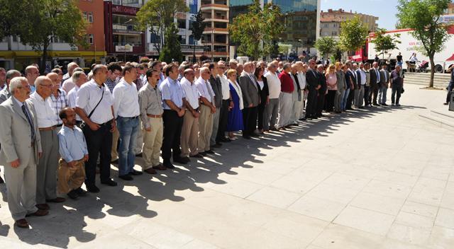'CHP büyük bir çınardır'