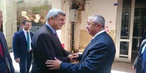 Karaosmanoğlu CHP'yi ziyaret etti