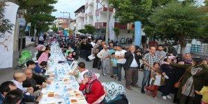 Darıca'da mahalle iftarlarına ilgi yoğun