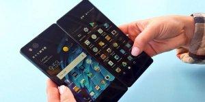 Çift ekranlı akıllı telefon olur mu? Oldu: ZTE Axon M