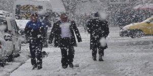 Fotoğraf arşiv ama Ankara'ya mevsimin ilk karı yağdı