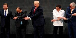 Trump bu fotoğrafıyla gündem oldu