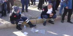 Ambulans, otomobille çarpıştı: 5 kişi yaralandı