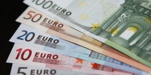 Son dakika... Euro 2 ayın en düşük seviyesini gördü