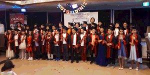 Mutlukent İlkokulu'da mezuniyet sevinci