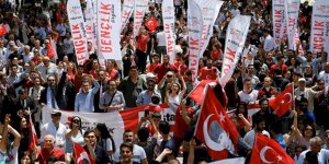 CHP Gençlik Kolları Anıtkabir'e yürüdü