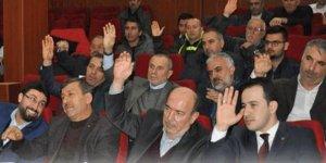 Başkanlık için kim el kaldıracak?