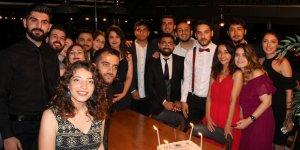 Genç mühendisler mezuniyeti kutladı