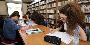 Halk Kütüphanesi, gençlerin tercihi oldu