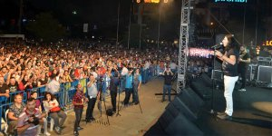 Murat Kekilli Gebze'de konser verdi