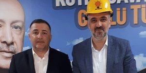 AKP il başkanına baret hediye etti