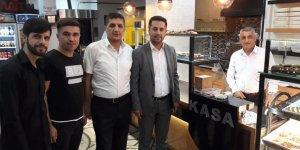 AKP'li gençler esnafı dinledi