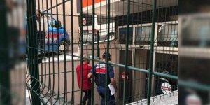'Köle değiliz' diyerek eylem yapan 24 havalimanı işçisi tutuklandı!