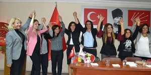 CHP kadınlarda yeni başkan Yaşa Erdoğan
