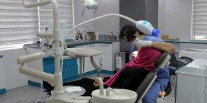Bölgenin en donanımlı diş kliniği Mutlukent'te açıldı