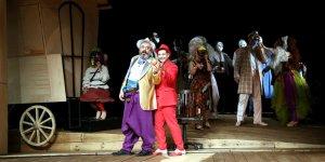 Şehir Tiyatroları Aralık'ta dolu, dolu