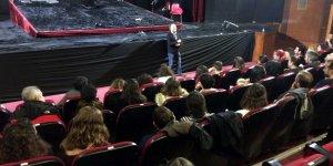 Şehir Tiyatroları'ndan ''Hamlet'' geçti