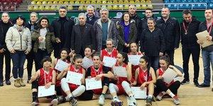 Şehit Özcan Kan Fen Lisesi yarı finalde