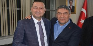 CHP'li eski başkan AKP'ye geçti