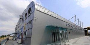 Orhangazi Spor Salonu'nun etrafı çeliklerle çevrildi