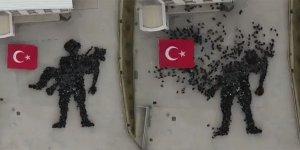 Öğrenciler, bedenleriyle 'Mehmetçiğe Saygı Anıtı' oluşturdu
