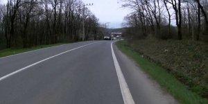 Köy yolları zifiri karanlık