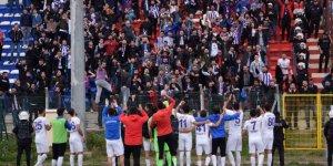 Futbolu futbolun içinden gelenler yönetsin!