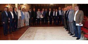 BAŞKAN BÜYÜKAKIN: Eski ilçe başkanlarıyla bir araya geldi