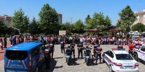 EĞİTİM DÖNEMİNDE:  Jandarma 3 bin 650 uygulama yaptı