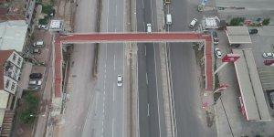 Köprülü Kavşağa üst geçit yapıldı