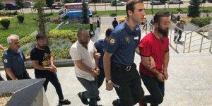 4 KİŞİ GÖZALTINA ALINDI:  Kadın polislere sözlü taciz