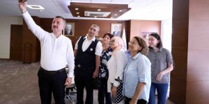 GEBZE OFİSİNDE:  Tahir Büyükakın'la görüştüler
