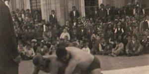 Külliye'de güreş