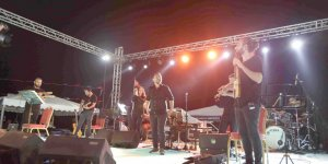 Kafkasya Şenliklerinde İmera rüzgarı esti