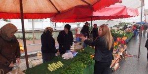 Yenikent'te pazar yeniden