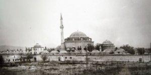Tarihi külliyenin çok eski bir fotoğrafı