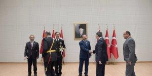 Vali Aksoy tebrikleri kabul etti