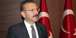 """AKSOY'DAN 10 KASIM MESAJI:  """"Atatürk eşsiz bir devlet adamı"""""""