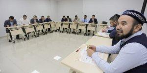 Yabancılara Türkçe öğretiliyor